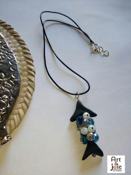 Image de Collier argenté Houta Amber avec cristaux bleu et blanc