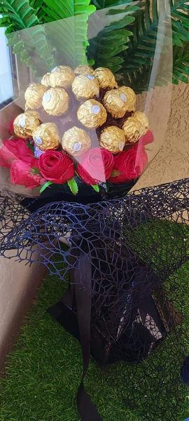 Image de Bouquet de fleurs et chocolat