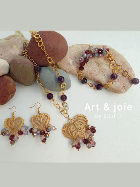 Image de Série coeur en filigrane doré , cristaux rose et violet
