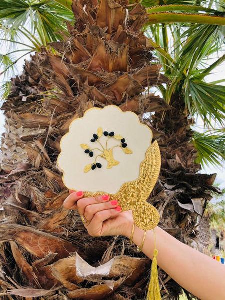 Image de Eventail rond Amber blanc et finition dorée