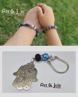 Image de Coffret special fete des peres bracelet en pierre sodalite et lapis lazul et Motif en argent / porte clé avec Pierre agate et Amber et Motif khomsa