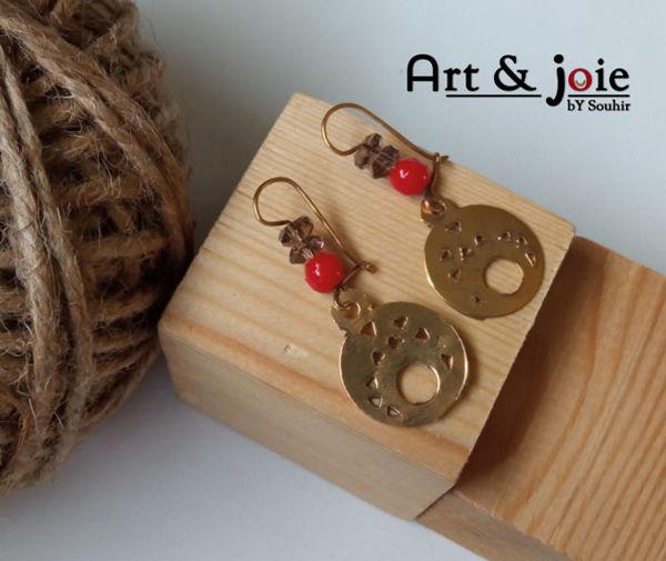 Image de Boucles d'oreilles en argent doré et corail