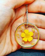 Image de Collier avec fleur