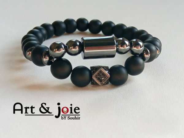 Image de Bracelet en pierre onyx mate , hematite noir et motif Swarovski noir