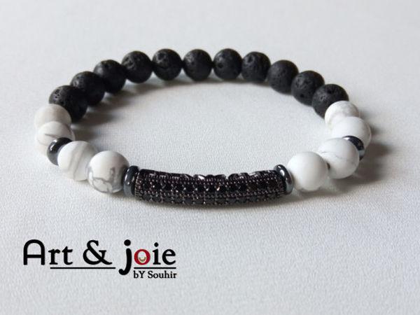 Image de Bracelet en pierre Howlite mate , pierre de lave , hematite noir et motif Swarovski noir