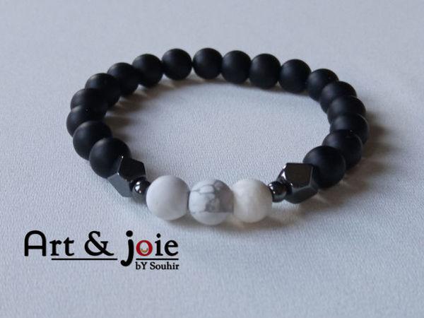 Image de Bracelet en pierre Howlite mate , onyx mate et hematite noir